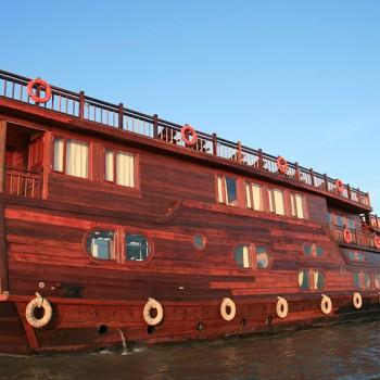 Mekong Delta barge cruise 2 days / 1 night