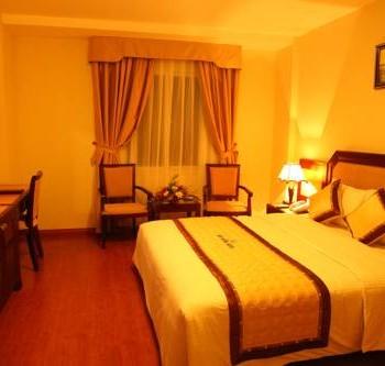 Hạ Long – Cát Bà ( 1 đêm ngủ tàu Golden Lotus Premium , 1 đêm khách sạn đảo Cát Bà )