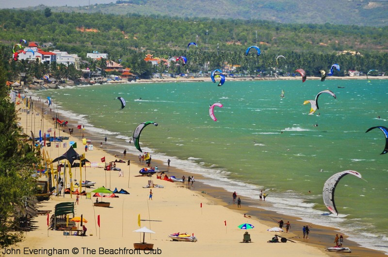 Vietnam_Mui_Ne_Beach_XX_4909_1