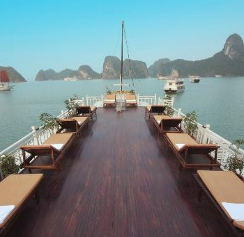 Halong Bay MAJESTIC CRUISE  2 Days 1 night