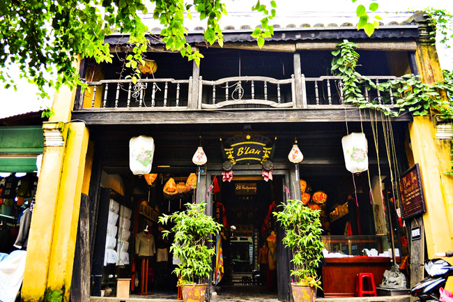 TOUR-DA-NANG-HOI-AN-CU-LAO-CHAM-BA-NA-HILLS-4N3D (12)