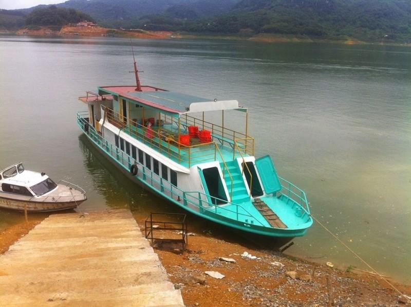 thuyền-thung-nai-ionetour