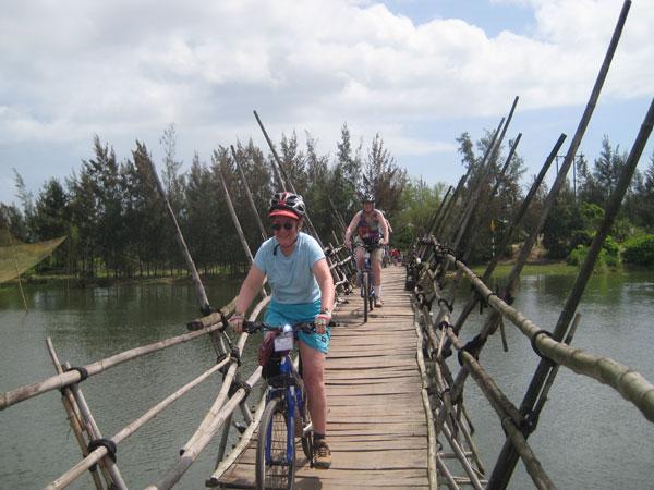 Biking-Mekong-Saigon - Cai-Be-Ben-Tre-Vinh-Long (8)